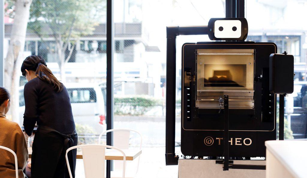 洋菓子大手ユーハイムがバウムクーヘン専用AIオーブン開発、「職人のためのフードテック」掲げる